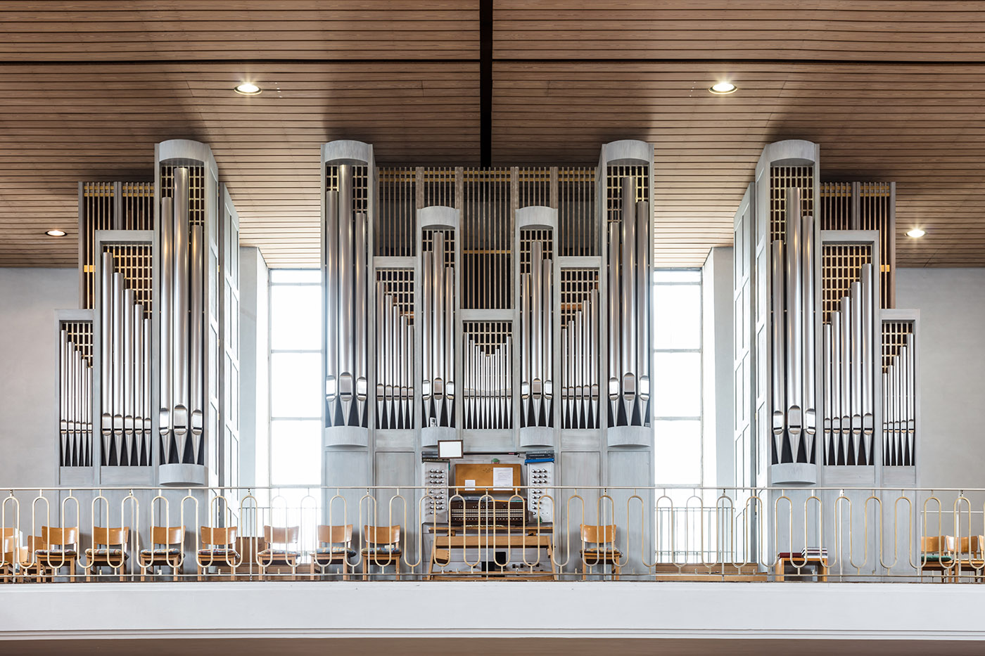 the early history of the pipe organ